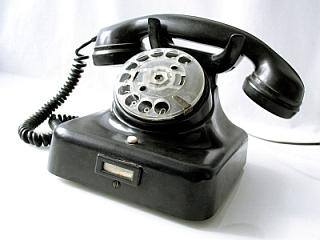 Téléphone à cadran automatique